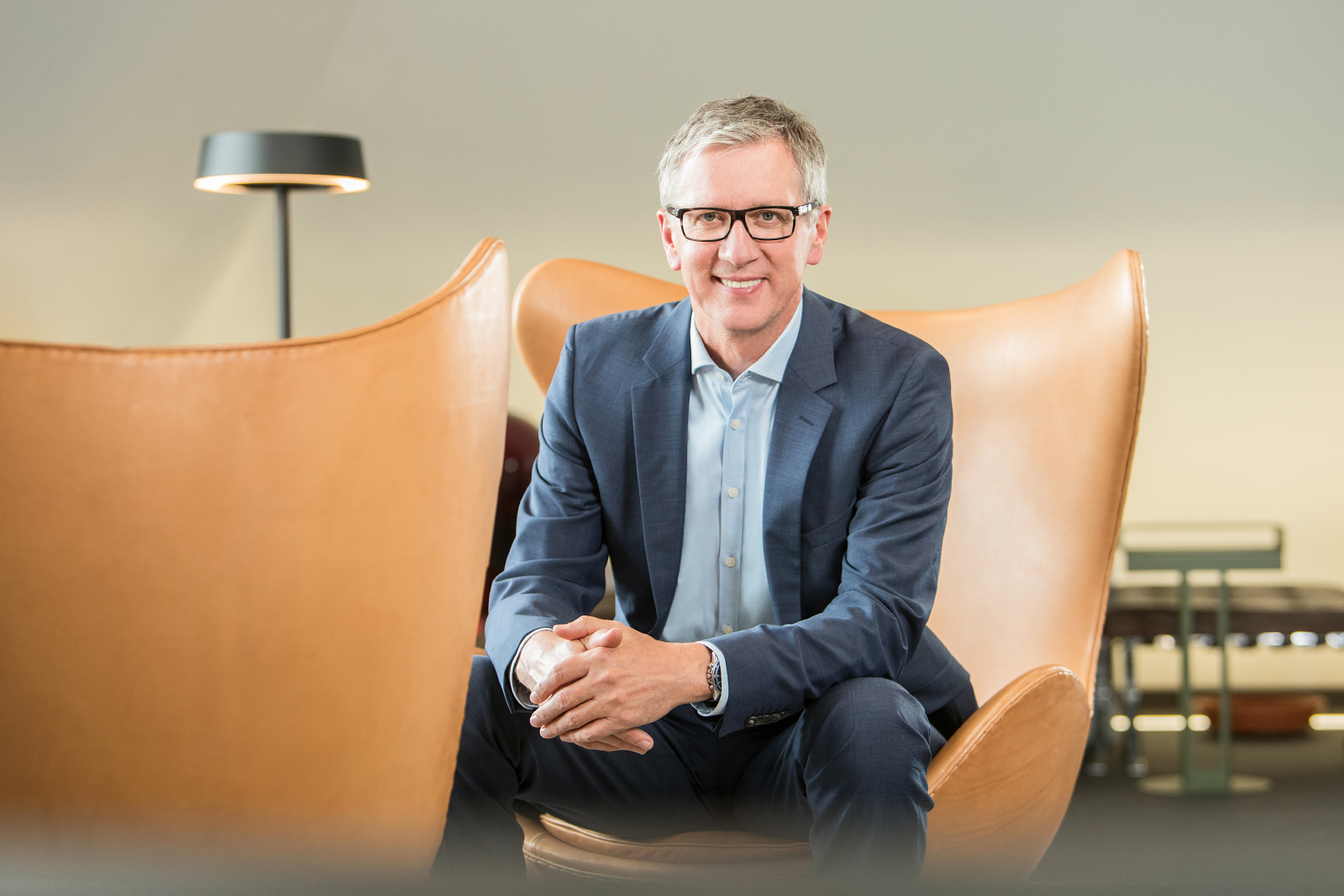 01 schneider executives consulting firma businessportraits - Consulting Fotografie im Design Office