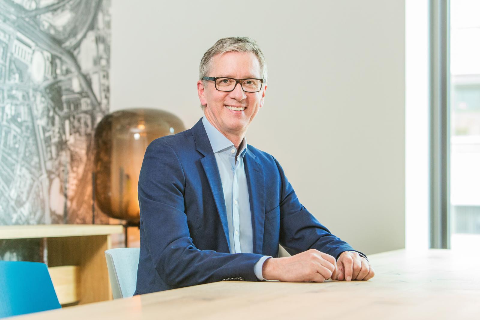 04 schneider executives consulting firma businessportraits - Consulting Fotografie im Design Office
