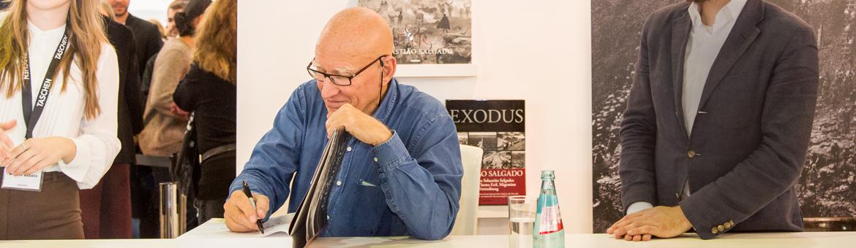 Booksigning mit Sebastião Salgado